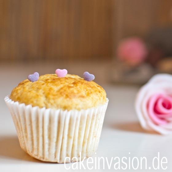 kokos muffins mit joghurt cake invasion. Black Bedroom Furniture Sets. Home Design Ideas