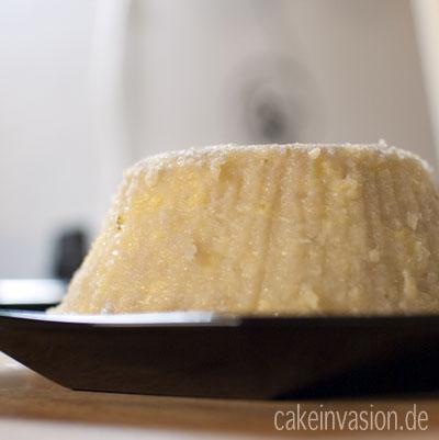 Kanom Gluay – Bananen-Kokosnuss-Pudding mit Reismehl (glutenfrei, vegan, laktosefrei)