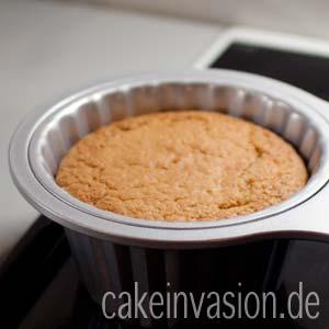 Kuchen in Riesen-Cupcake-Form