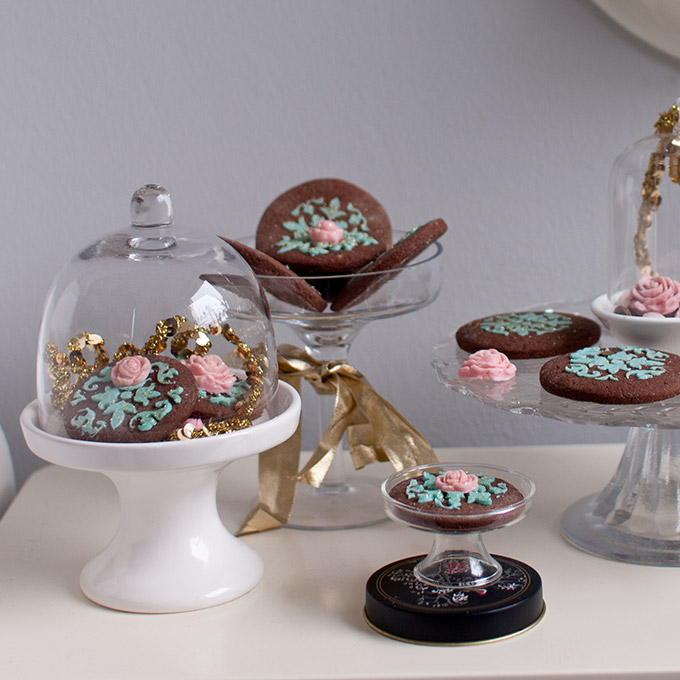 Dunkle schokoladenpl tzchen vegan laktosefrei cake invasion - Platzchen dekorieren ...