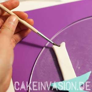 Mit Zuckerkleber zusammenkleben