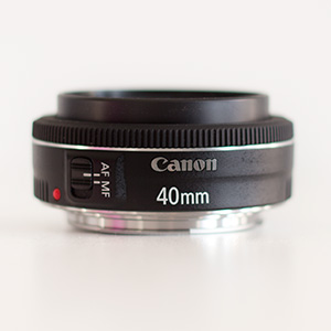 Pancake Objektiv Canon 40mm