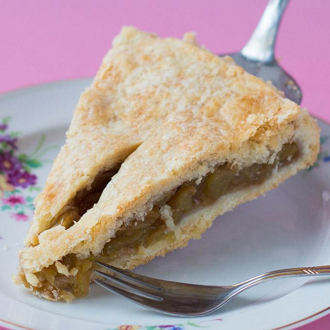 Apple Pie, gedeckter Apfelkuchen, vegan